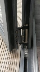 bottom roller on bi-fold door