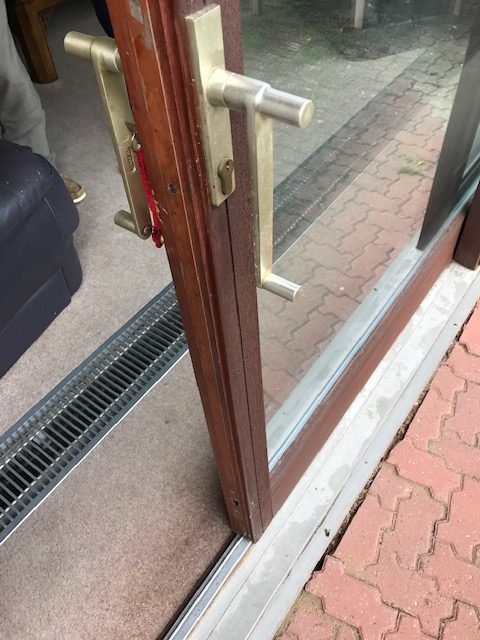 Old style lift and slide patio door
