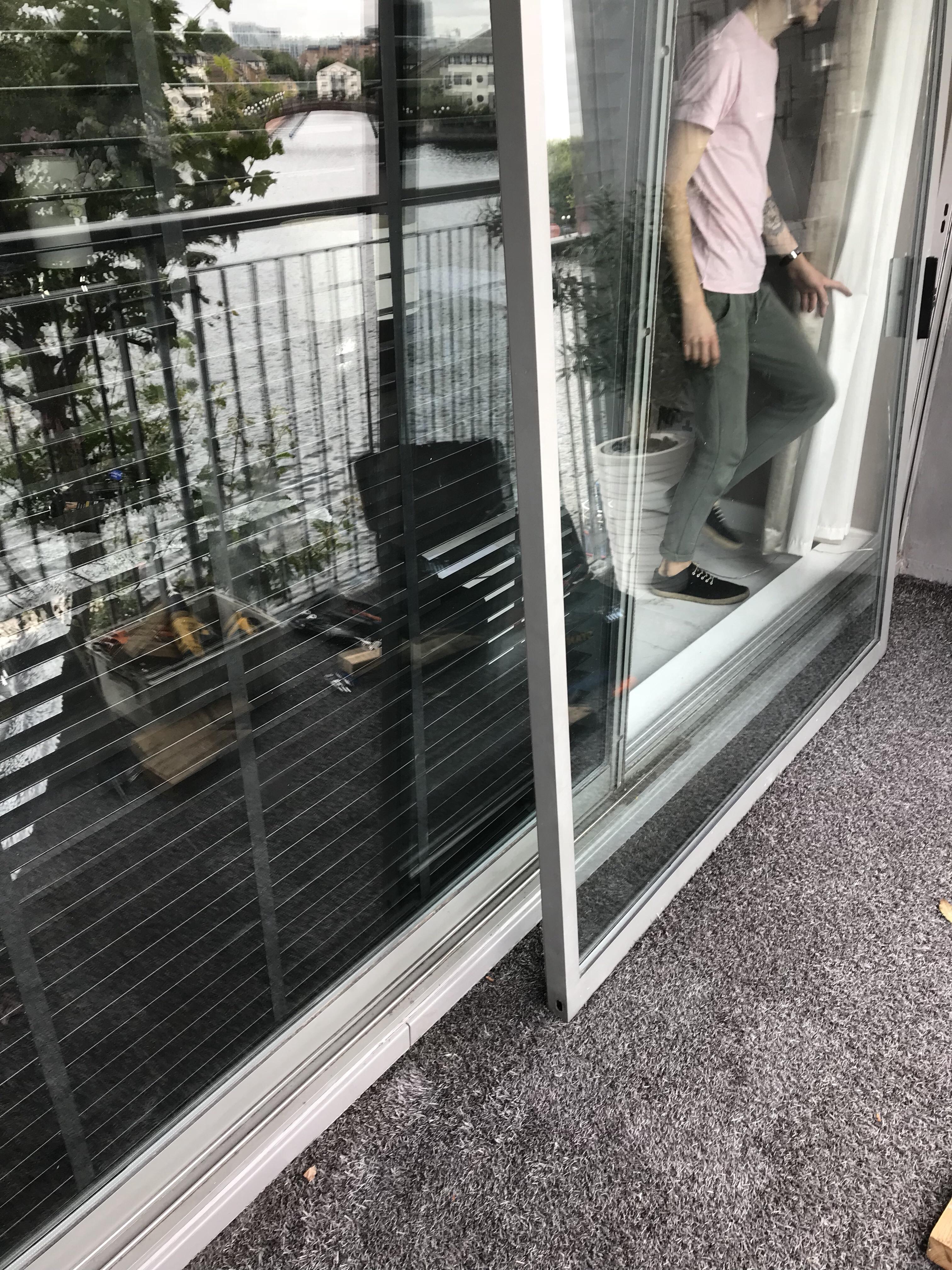 Tower Hamlets aluminium sliding door repair